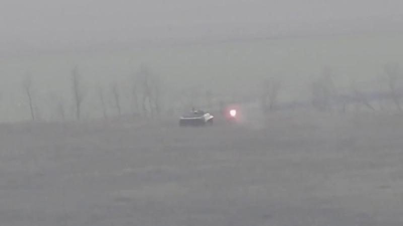 Ополчение уничтожило взорвало БМП ВСУ из ПТРК