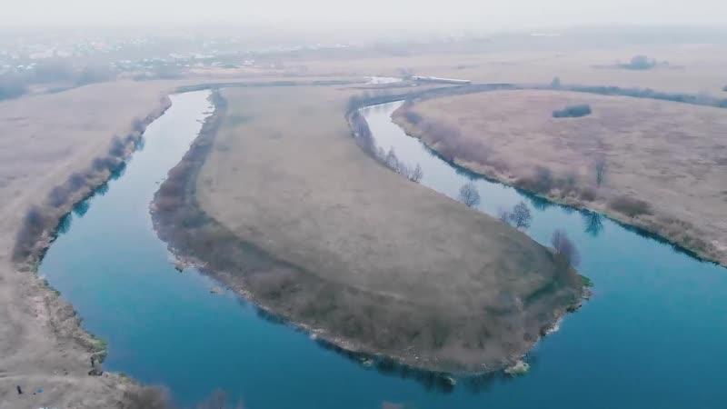 Рыбалка в предзимье на красивой реке Ловля на спиннинг в ноябре Щука на джиг