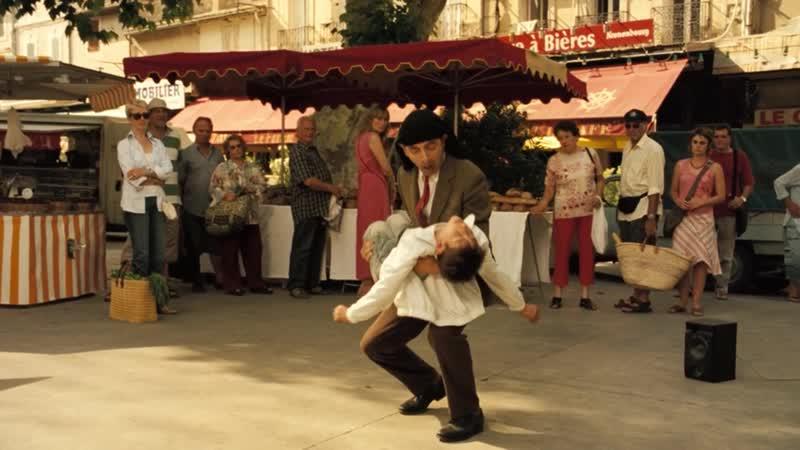МИСТЕР БИН НА ОТДЫХЕ (Танцы на рынке)