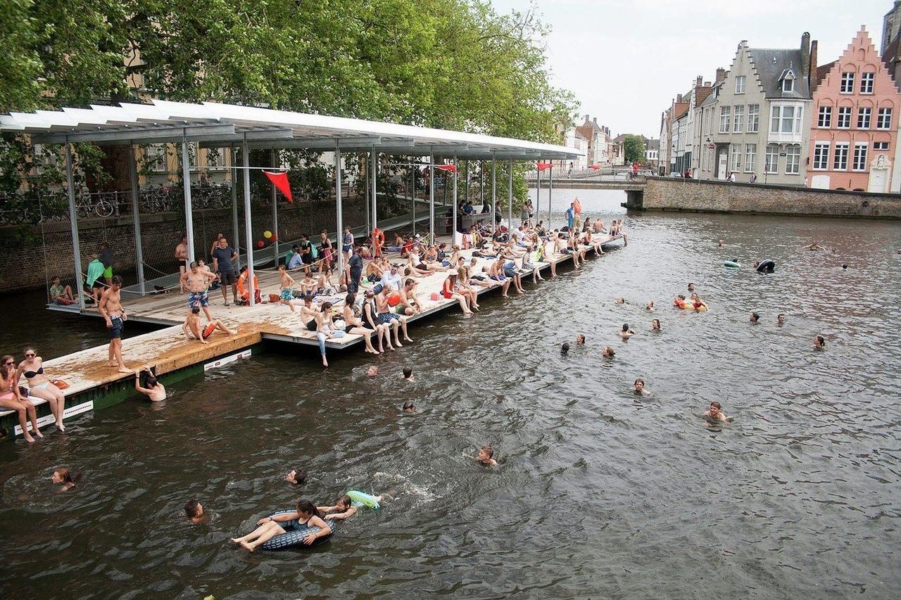 Canal Swimmer's Club / Atelier Bow-Wow   Architectuuratelier Dertien 12