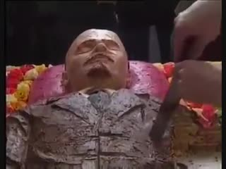 заносите уже путина в мавзолей, ленина уже съели.