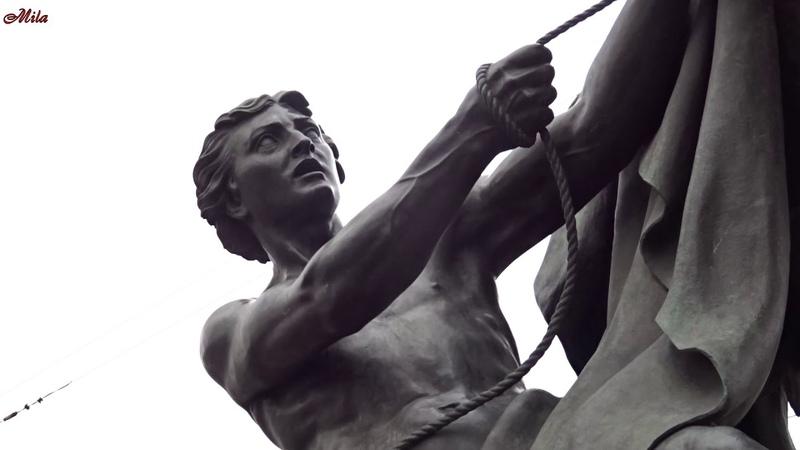 Кони Клодта на Аничковом мосту Скульптурная группа Укрощение коней Санкт Петербург
