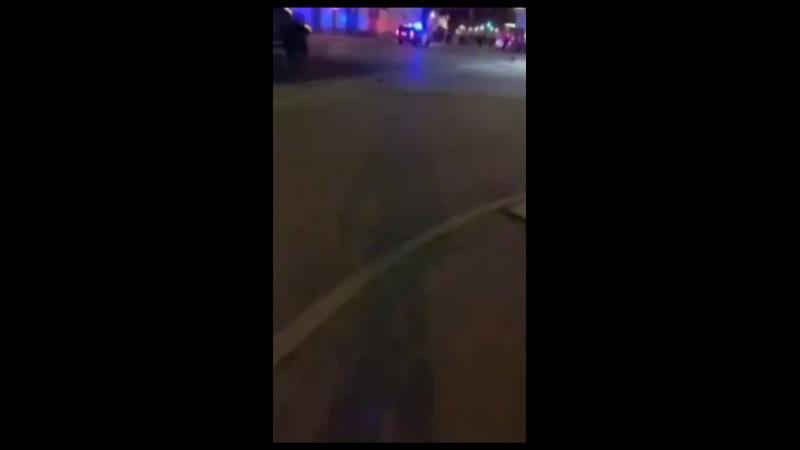 Протестующие в Чикаго применили самодельное взрывное устройство против сотрудников полиции