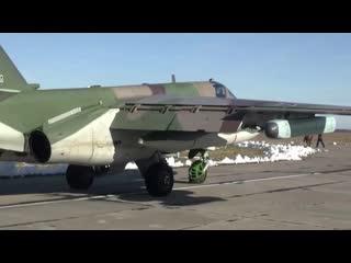 Командирские полеты экипажей штурмовиков Су-25СМ3 и вертолетов Ка-52