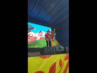 Live: Григорий Гладков спел для егорьевцев любимые детские песни