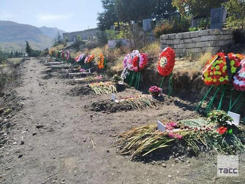 В Армении родственникам погибшего солдата выдают тело другого солдата