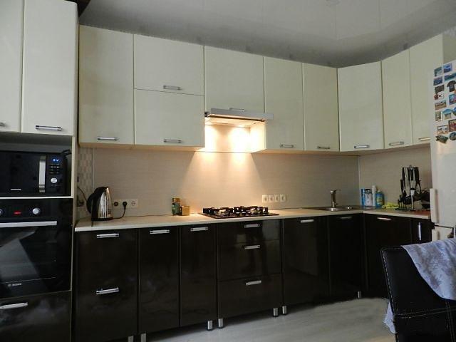 Заказать кухню по индивидуальным размерам недорого Красная горбатка
