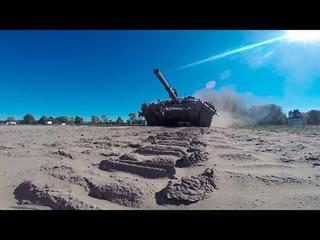 «Танковая дуэль»: экипажи боевых машин уничтожили «противника» под Нижним Новгородом