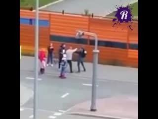 Толпой избили велосипедиста