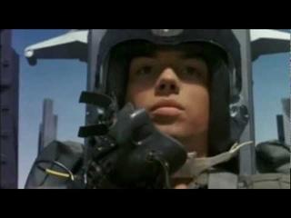 Советская народная песня о летчике Ли Си Цыне.