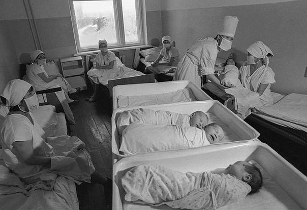 Массовое заражение ВИЧ. Элиста (Калмыцкая АССР, теперь Калмыкия), 1988 год. Наверное, вы уже посмотрели свежего «вДудя». Если нет смотрите. В истории от «Пекла» не будет героиновых наркоманов,