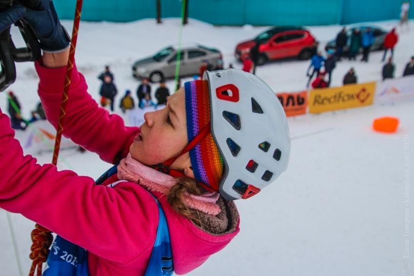 Главные отечественные ледолазные старты сезона финишировали в городе Кирове в минувшие выходные – чемпионат и первенство России по альпинизму. Всем было что доказывать и что терять…, изображение №32