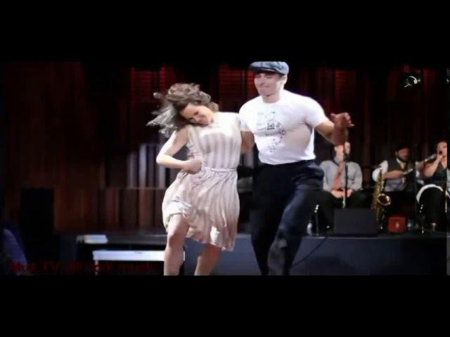 Шалунья осень Танцуют Штефан Зауэр и Сандра Рёттиг