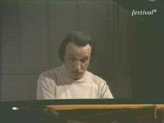 "Arturo Benedetti Michelangeli's legendary performance of: ""La Fille aux cheveux de lin"" by Claude Debussy"