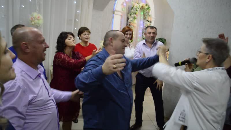 Спасение букета свидетели и танцы