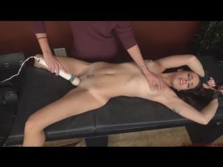 Молоденькая испанка получила свою порцию удовольствия/orgasm abuse/