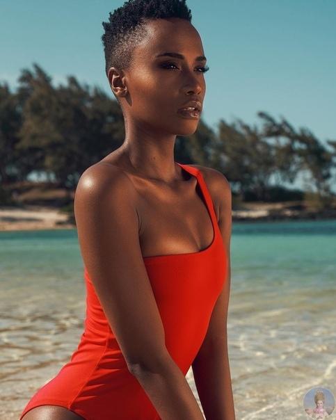 «Мисс Вселенная 2019» Зозибини Тунци из ЮАР.