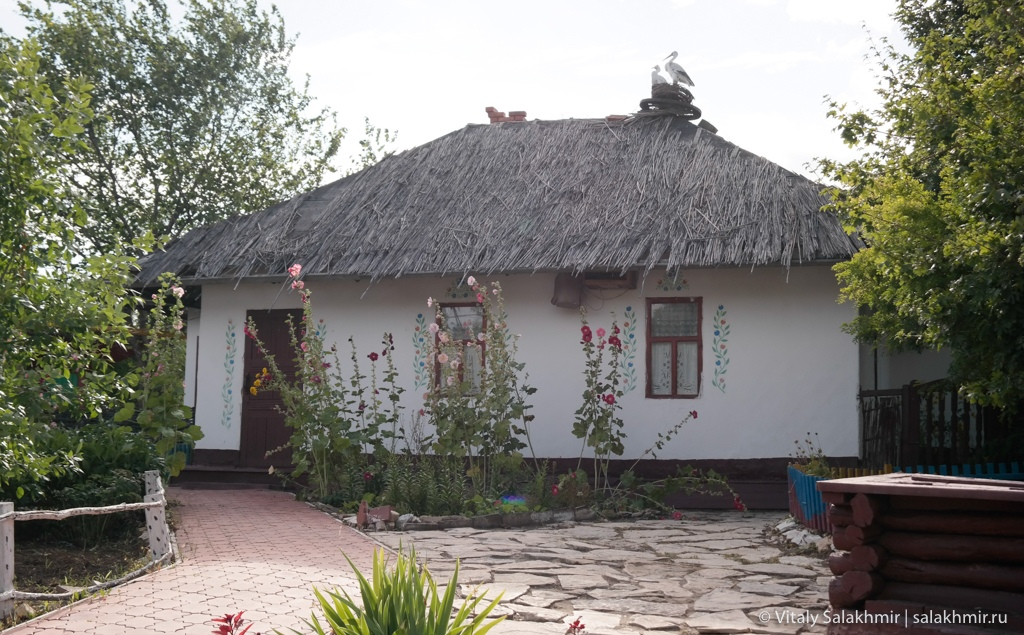 Украинская хата, национальная деревня, Саратов 2020