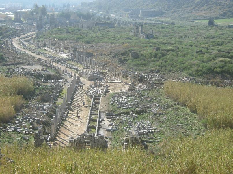 Центр древнего города Перге