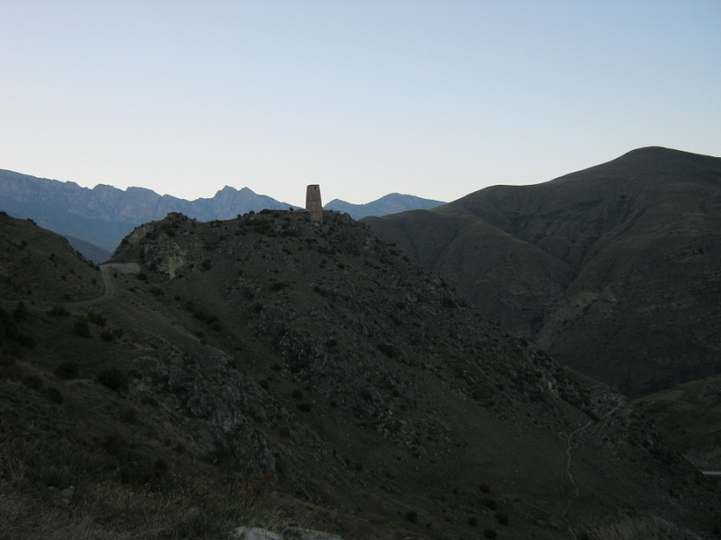Махческ. Вид на башню