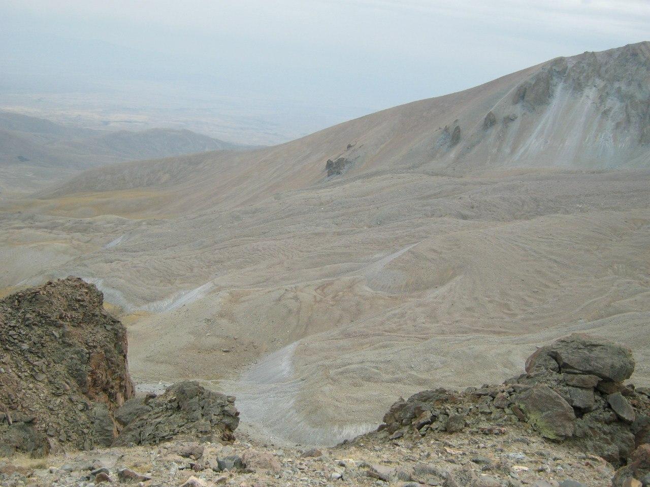 Восточный склон горы Ерджияс