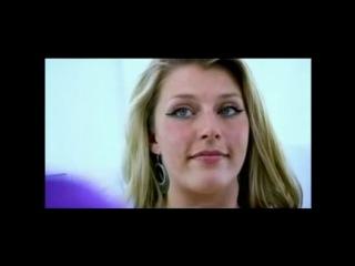 ApolloDays - Блондинка с двумя влагалищами потеряла девственность дважды