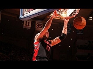 International Play of the Day: Valanciunas Fastbreak Slam