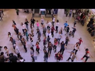 2Step Dance Crew - Halloween Flashmob in the Korzo Shopping Centre