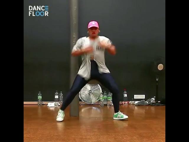 """Танцы on Instagram: """"Несравненная Parris Goebel💃 🎵DeeWunn ft Marcy Chin - Mek It Bunx Присылай свои видео в директ или отмечай нашим хэштегом dance__floor"""""""