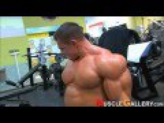 Alexey Lesukov in the Gym March, 2011 2/2
