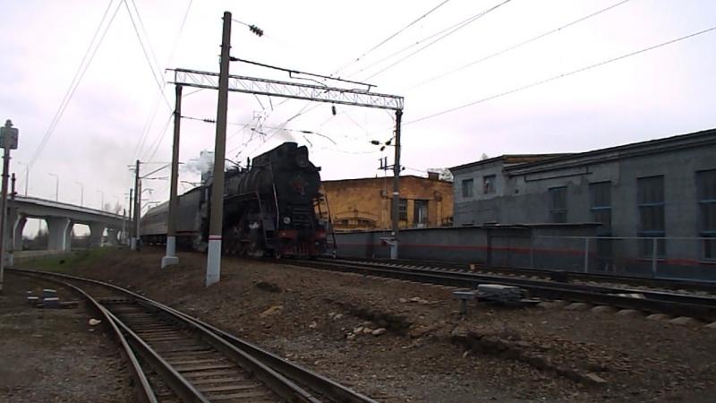 ЛВ-0233 (ТЧЭ-14 Сальск), станция Ростов-Главный, 25 марта 2016 года.