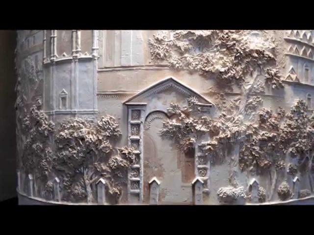 Барельефы. Барельеф на стене. Bas-relief. Photo bas-relief