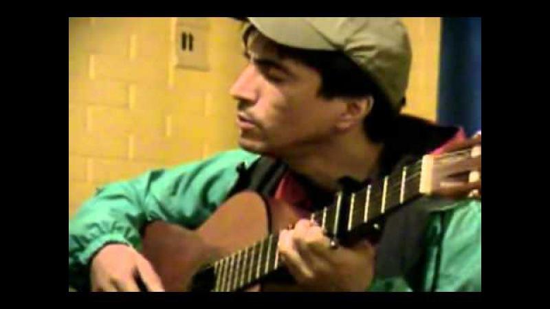 Чилийский музыкант Педро Сааведра Чёрный ворон