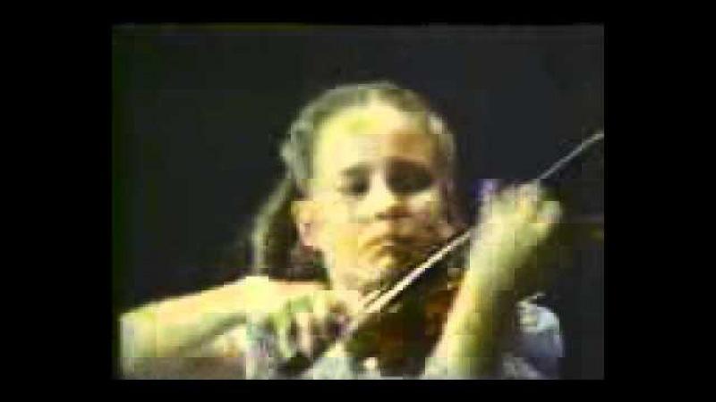 1987 Leila Josefowicz Wieniawski Scherzo Tarantella 9 Years Old Violin Child Prodigy