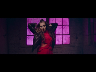 Хейли Стайнфелд  Hailee Steinfeld, Grey - Starving ft. Zedd Премьера видеоклипа 2016