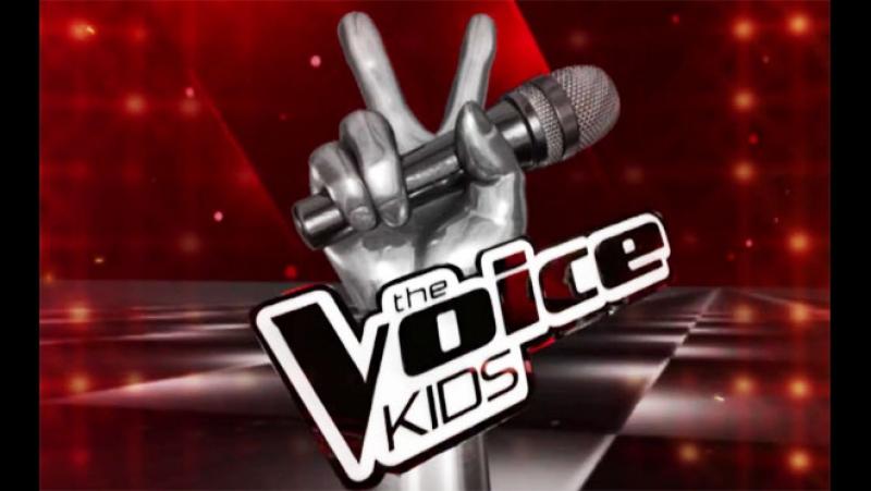 The Voice Kids 7de26 - Carlinhos Brown e Rafa Gomes cantam 'É tão lindo 27-03-2016