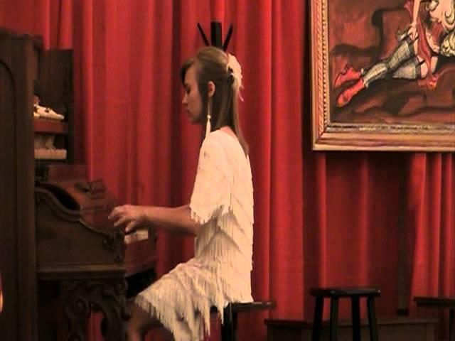 Morgan Siever playing Charleston Rag in Peoria 2011.MOD