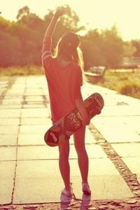 Ава для вк для девушек со спины
