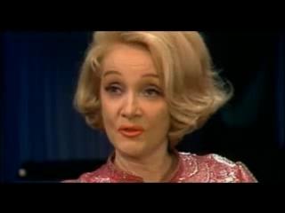 Марлен Дитрих. Белокурая бестия /  Marlene Dietrich. Her Own Song