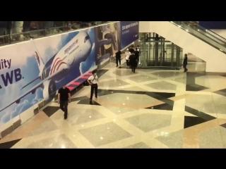 [lq fancam] 180706 kul airport in kuala-lumpur @ exo