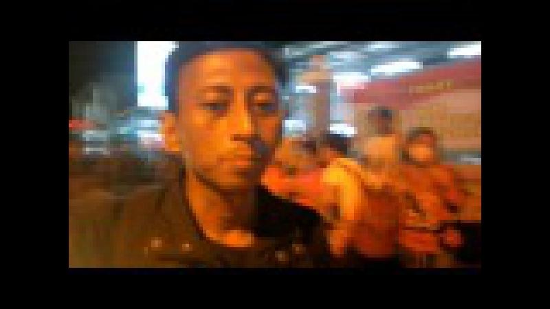 (A3) Jogja 2016 Cak Handoko Ludruk di Stasiun Kereta Api Lempuyangan