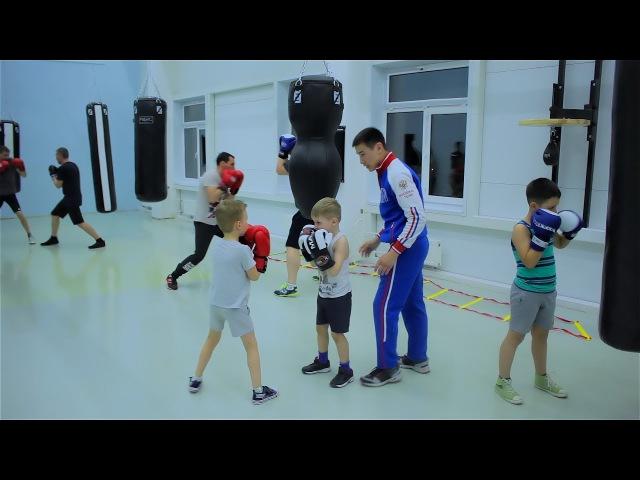 Открытая тренировка по боксу для детей и взрослых. Спарринг отработка ударов. Ижевск Active Life