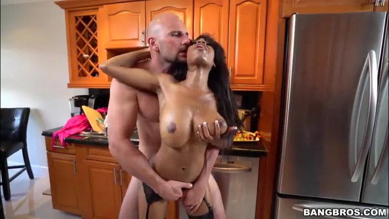 Brittney White Has it Going On 18 Teens Big Tits Cumshot Ebony Interracial sex porno 2017