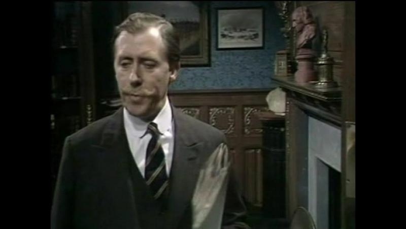 Лорд Питер Уимзи Неприятности в клубе Беллона 1 серия Англия Детектив 1972