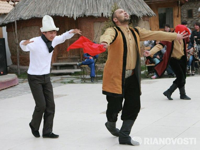 0MMiF4q4Hh8 - Обязанности и права гостя на свадьбе в Волгограде