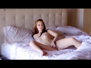 супер, давно ждал. порно страшный мужик снял красотку один вопрос:кто меня под