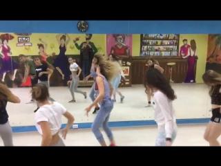 Supreme girls треним))