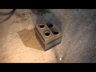 Автоматический станок АКС-7 мини для производства 3D-кирпича (напоминает «лего-ки...