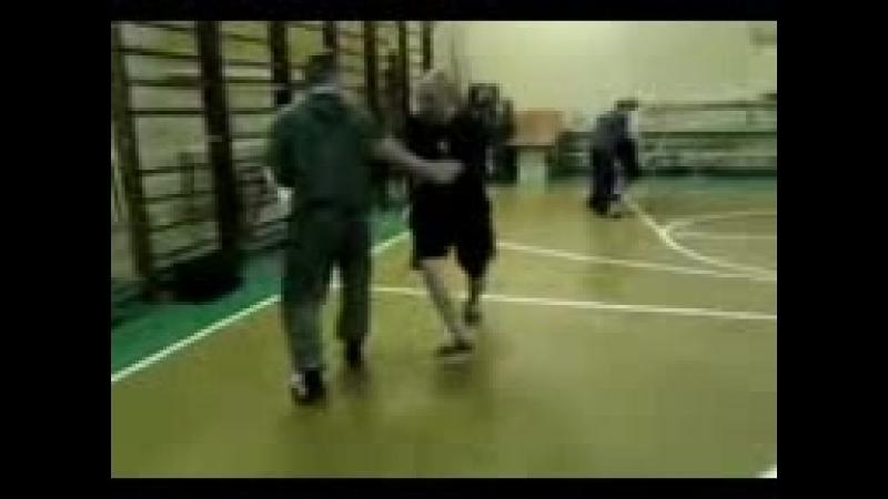 Vidmo org SAOStrelaTrenirovka myagkogo sposoba zashhity ot udara nogojj so vstrechnojj seriejj 1142094 4 3gp