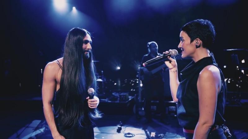 Conchita Ina Regen – Heast As Net (live in Linz)